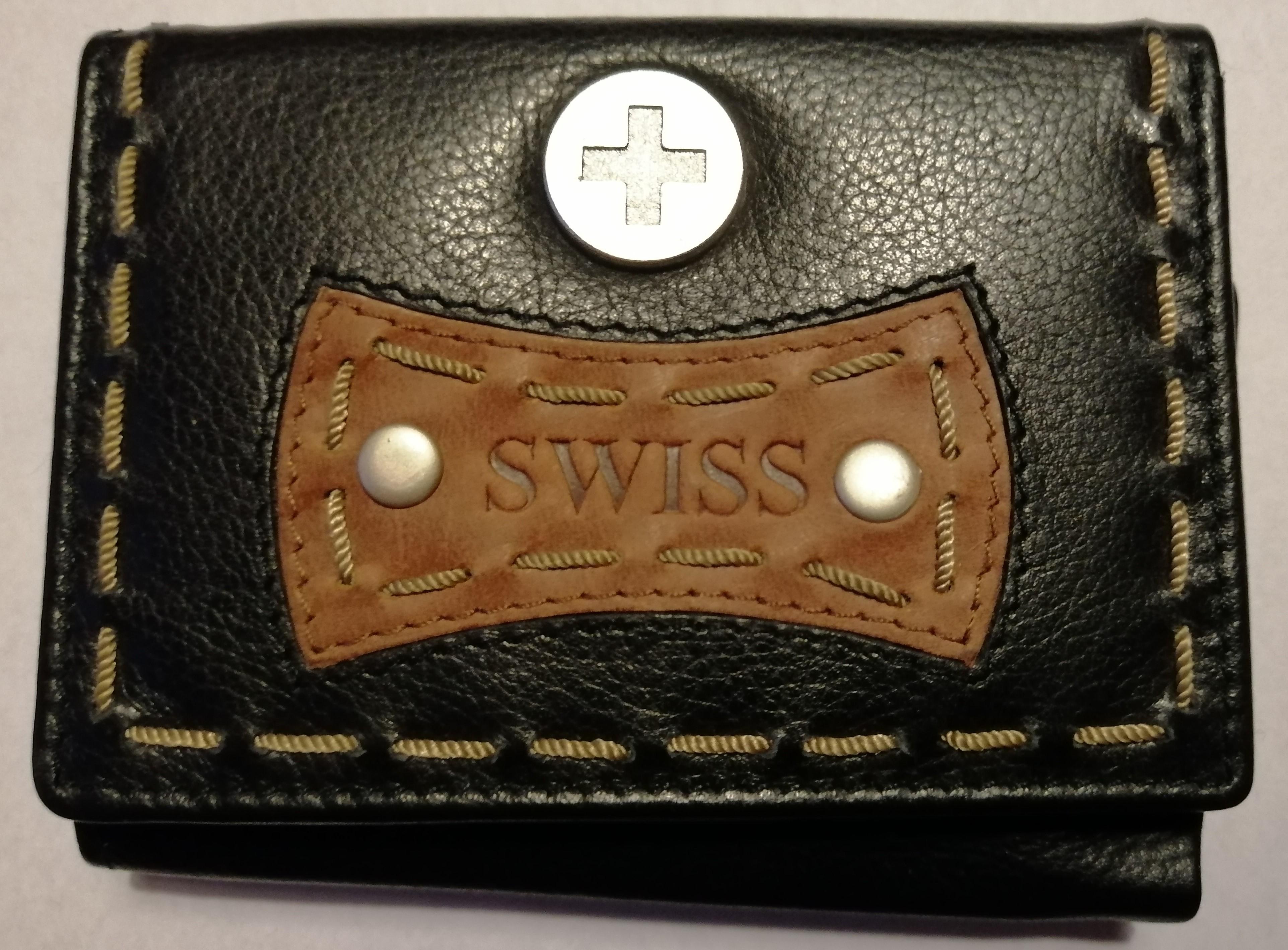 Geldbörse Leder schwarz mit Prägung SWISS